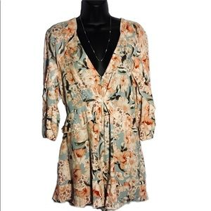 Jaase rayon floral romper sz small